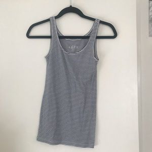 SALE: Simple cotton Loft tank